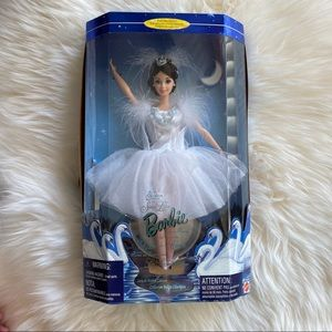 New vintage Barbie Swan Lake ballerina sealed